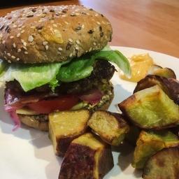 beef burgers, kumara chips & aioli