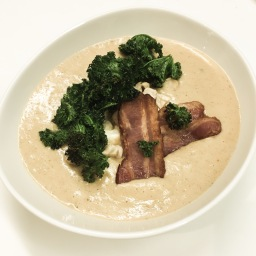 roast cauliflower & blue cheese soup, with crispy bacon, crispy kale & toasted hazelnuts